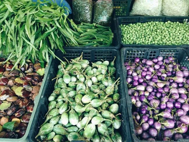 Ortaggi nel mercato alimentare — Foto stock