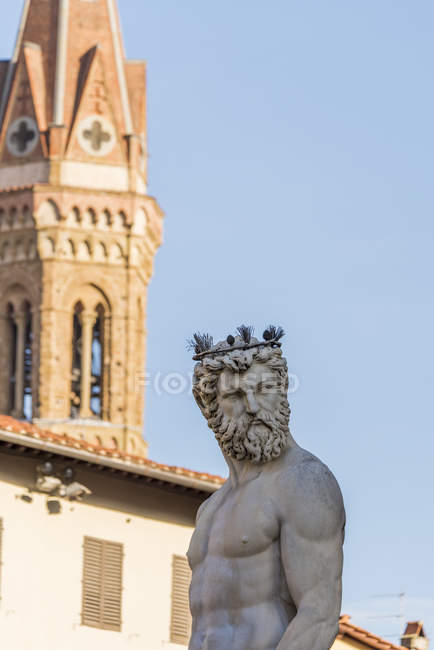 Statua di Nettuno come parte della fontana — Foto stock