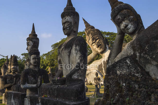 Religious buddhist statues in Buddha Park — Stock Photo
