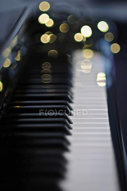 Chiusura dei tasti del pianoforte — Foto stock
