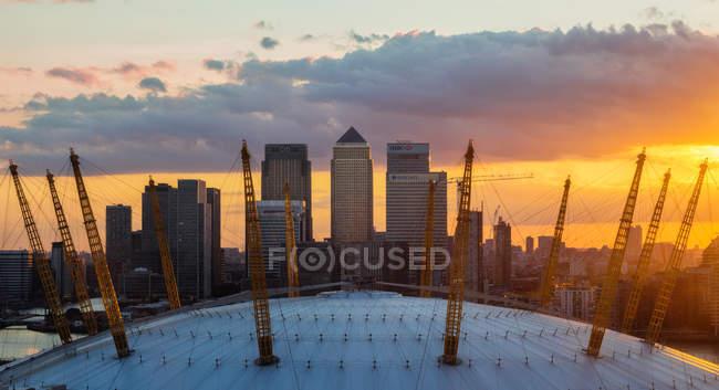 Canary Wharf and O2 Arena — Stock Photo