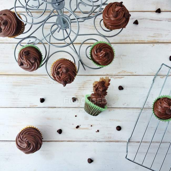 Hazelnut cupcakes on cakestand — Stock Photo