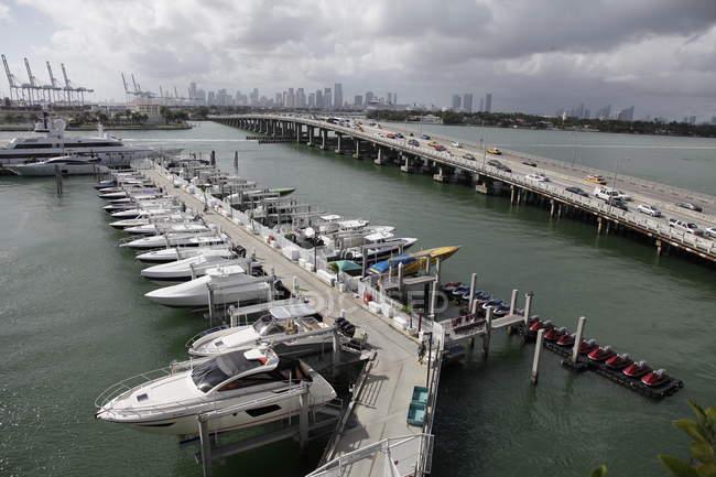 Miami Beach, Elevated view of marina — Stock Photo
