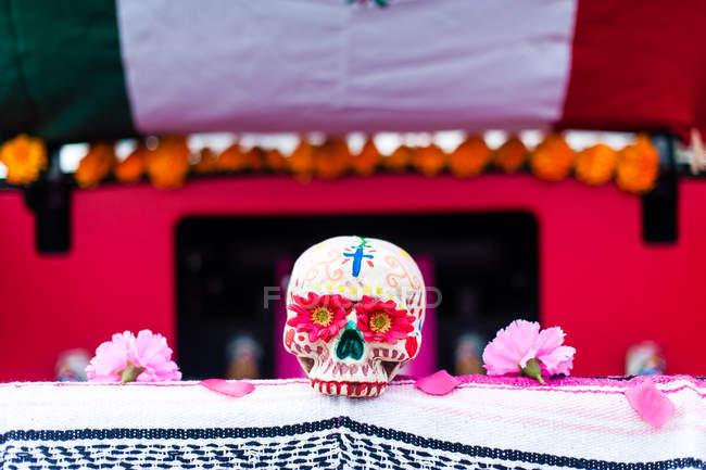Dia de Muertos decorato del cranio — Foto stock