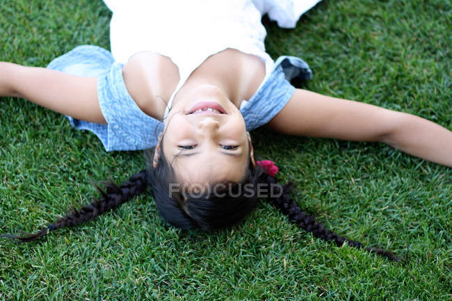 Upside down view of girl — Stock Photo