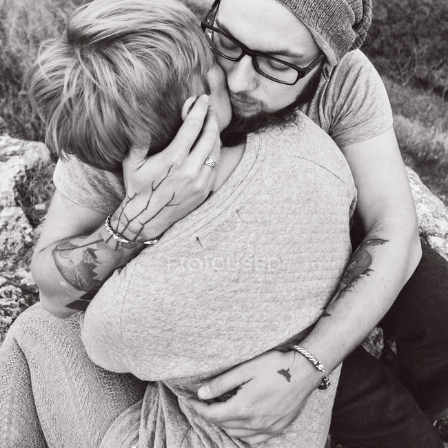 Couple with each other embracing hug — Stock Photo