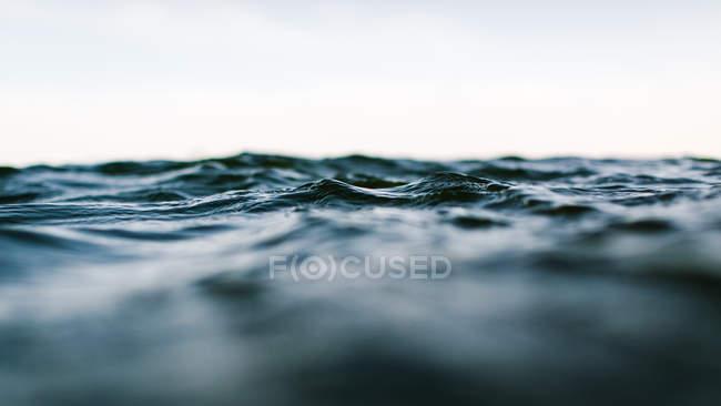 Поверхностный уровень вид море — стоковое фото