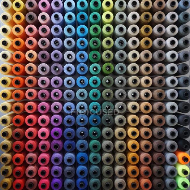 Muster der Reihen Nähgarn — Stockfoto