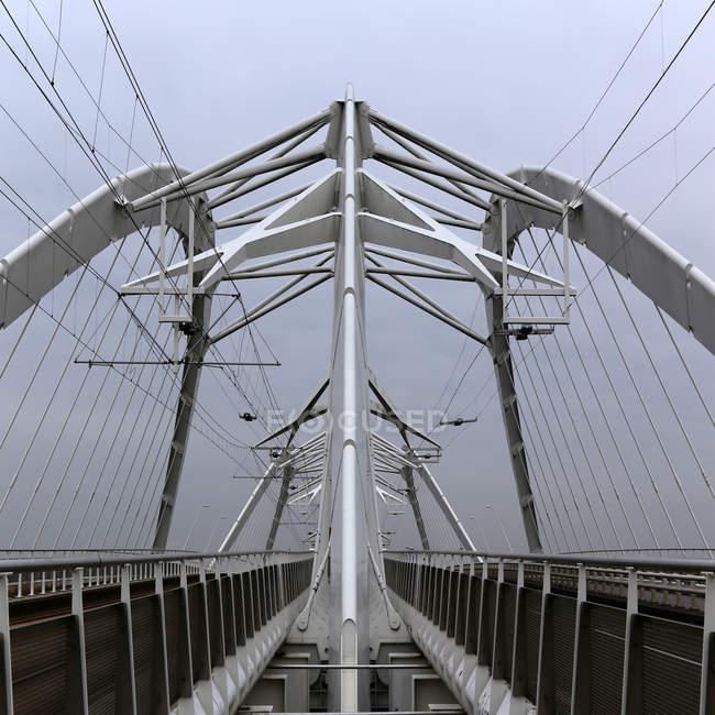 Pattern of contemporary suspension bridge — Stock Photo