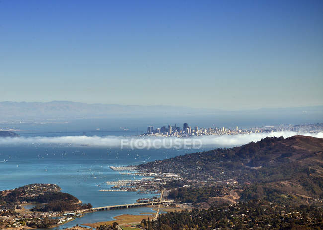 Місто Сан-Франциско, видно з гори tamalpais — стокове фото
