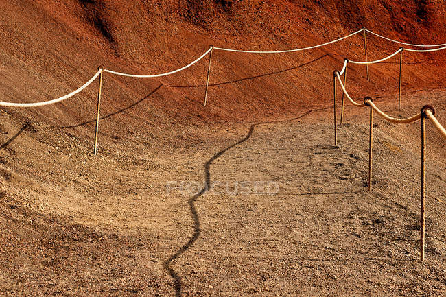 Pattern of sandy path with rope lines — Stock Photo
