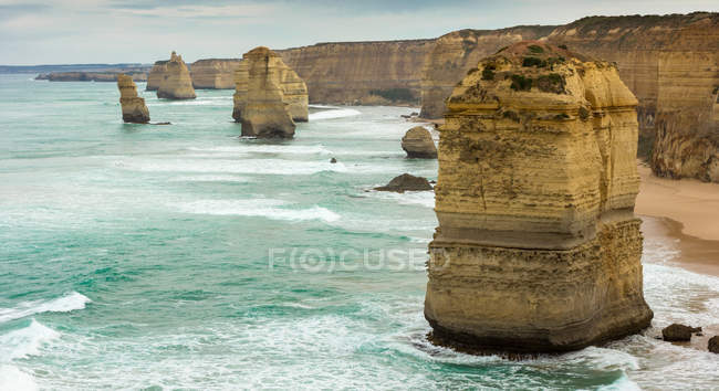 Twelve Apostles at shore of Port Campbell — Stock Photo