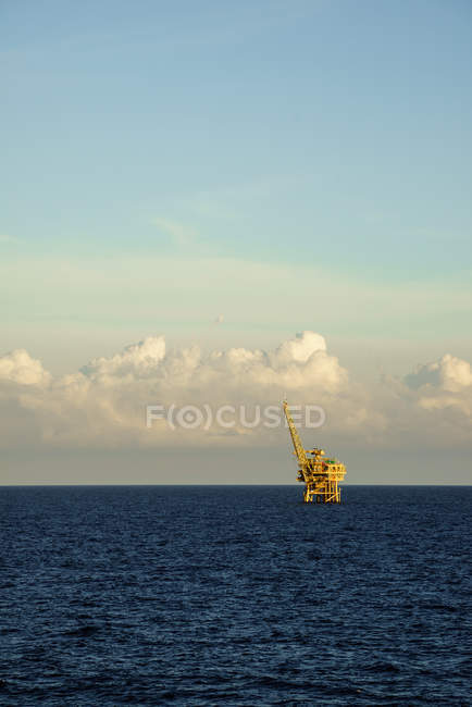 Offshore gas platform — Stock Photo