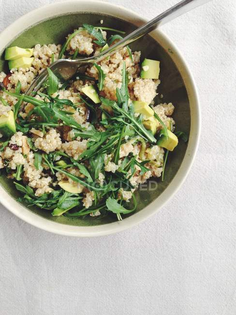 Marokkanischer gewürzter Quinoa-Salat — Stockfoto