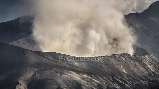 Гора бром вулкан — стокове фото