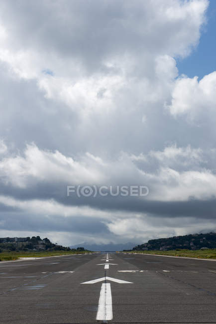 Observing view on airport runway — Stock Photo