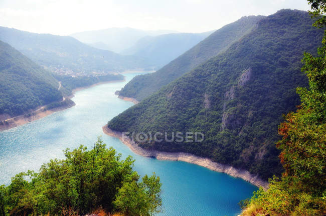 Scenic view of Lake Piva reservoir, Montenegro — Stock Photo