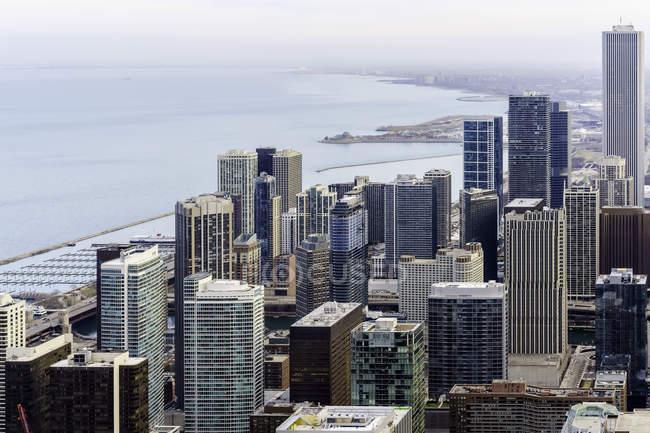 Vue panoramique de Chicago Skyline vers le sud le long de lac Michigan, Chicago, Illinois, États-Unis — Photo de stock