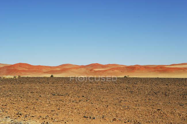 Живописный вид дюна пейзаж, Naukluft Национальный парк, Sossulsvlei, Намибия — стоковое фото