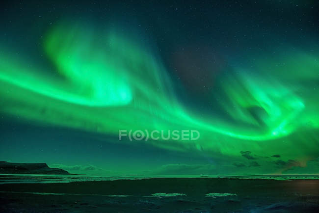 Северное сияние, Лагуна Йокульсарлон, Исландия — стоковое фото