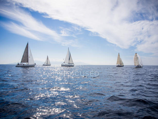 Scenic view of yacht race, Thassos, Greece — Stock Photo