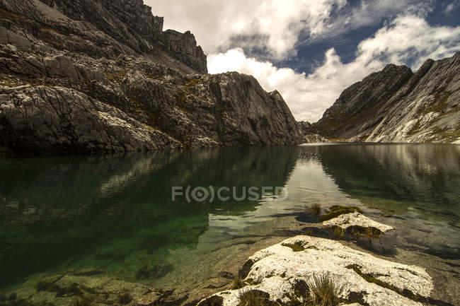 Indonesia, Papua, Idenberg, veduta panoramica del famoso Lago Verde — Foto stock