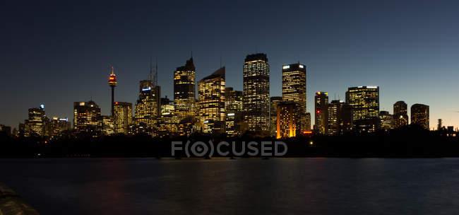 Scenic view of city skyline at night, Sydney, New South Wales, Australia — Stock Photo