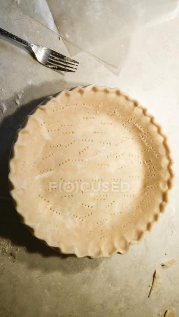 Overhead view of Unbaked Pie Crust — Stockfoto