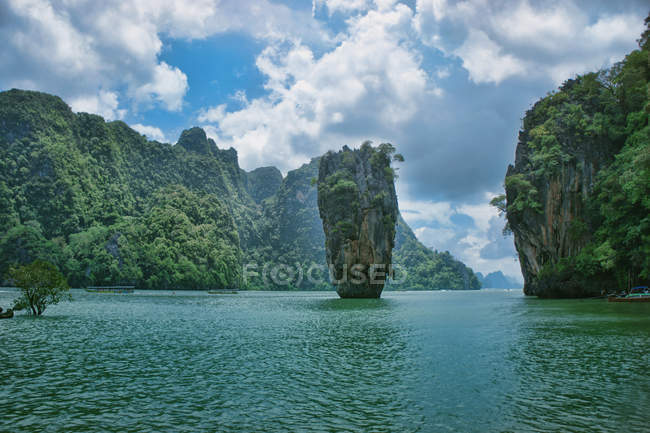 Scenic view of Phuket Island, Phangnaga Bay, Phi Phi Don — стокове фото