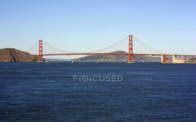 Vista panorâmica da famosa Golden Gate Bridge, San Francisco, Califórnia, EUA — Fotografia de Stock