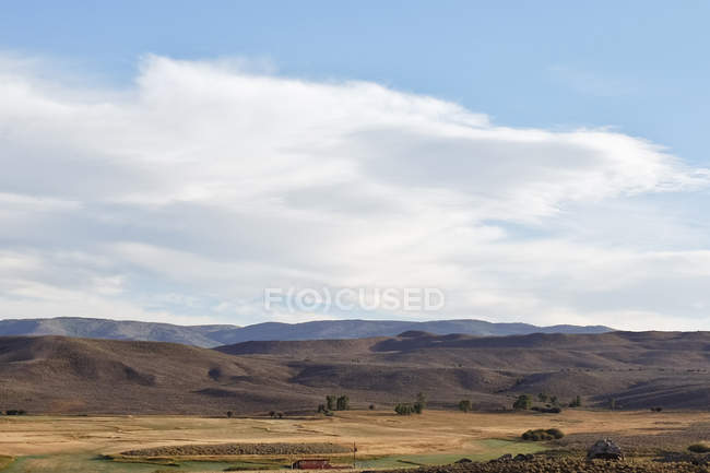 Vue panoramique sur le paysage de collines — Photo de stock