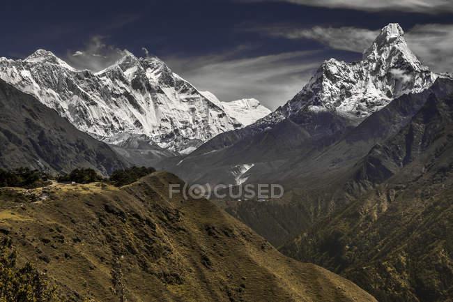 Vista panorámica de la Cordillera del Himalaya, Nepal - foto de stock