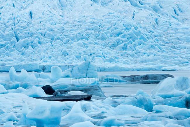 Maestoso bellissimo iceberg a Vatnajokull, Islanda — Foto stock