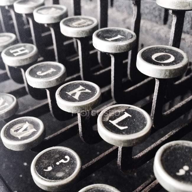 Monochrome close-up image of retro typewriter keys — Stock Photo