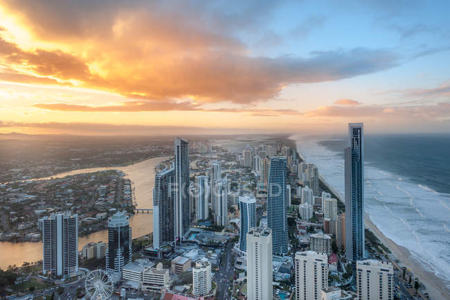 Vue panoramique de Surfers Paradise, Gold Coast, Queensland, Australie — Photo de stock