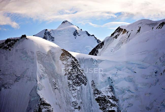 Primo piano di un bellissimo ghiacciaio in montagna, Svizzera — Foto stock