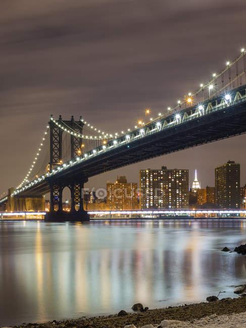 Vue panoramique sur le pont de Manhattan depuis Brooklyn, New York, USA — Photo de stock