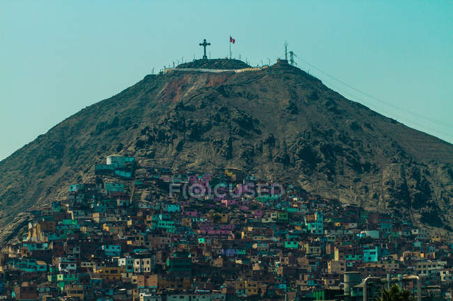 Scenic view of San christobel and hillside slums, Lima, Peru — Stock Photo