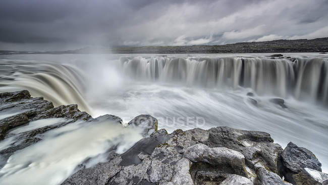 Vue panoramique sur la cascade majestueuse de Selfoss, Islande — Photo de stock