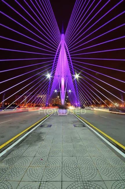 Scenic view of Sri Wawasan Bridge, Putrajaya, Malaysia — Stock Photo