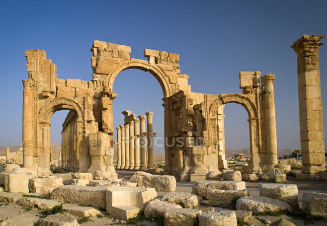 Живописный вид на руины древнего города, Пальмира, Сирия — стоковое фото
