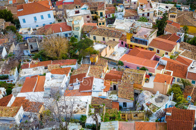 Malerische Aussicht auf die Dächer der Häuser, Athen, Griechenland — Stockfoto