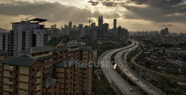 Vista panoramica della skyline della città, Kuala Lumpur, Malesia — Foto stock
