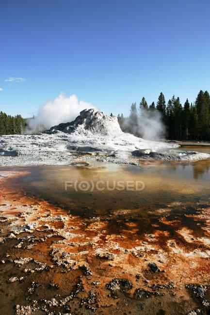 Schöne Aussicht auf Sprudel, Yellowstone-Nationalpark, Wyoming, America, Usa — Stockfoto