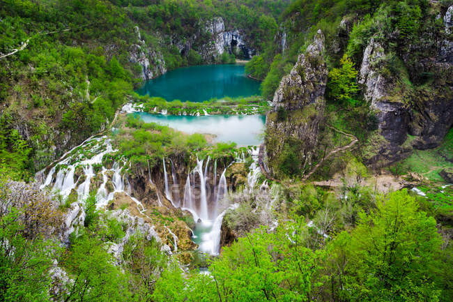 Majestic view of fascinating Plitvice Lakes, Plitvice Lakes National Park, Croatia — Stock Photo