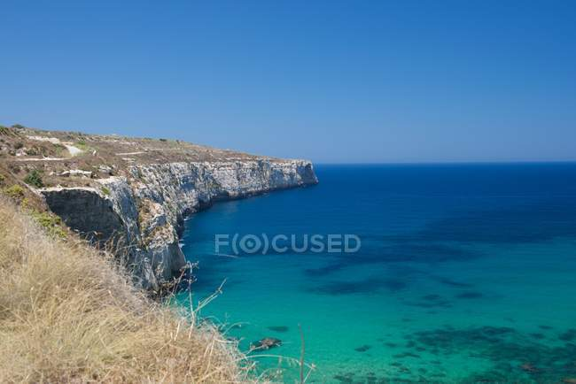 Vista panoramica sulla baia di Fomm ir-Rih, Bahrija, Malta — Foto stock