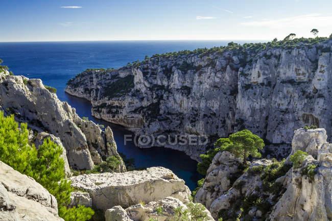 Scenic view of Les Calanques cliffs, Cassis, Cote d'Azur, France — Stock Photo