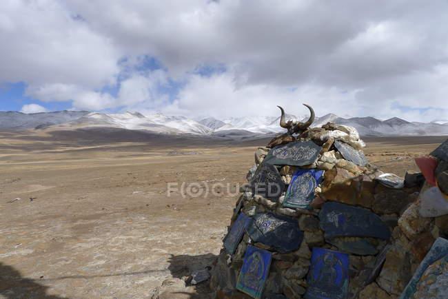 Мальовничий вид на релігійні святині в Тибет, Китай — стокове фото