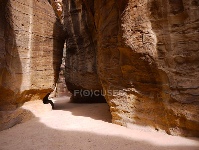 Scenic view of gorge in sunlight, Petra, Jordan — Stock Photo