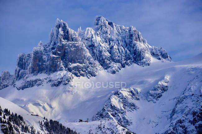 Malerische Aussicht auf die Berge in den Alpen, Obwalden, Schweiz — Stockfoto